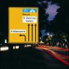 Das retroreflektierende Verkehrsschild feiert Jubiläum /  75 Jahre Sichtbarkeit im Straßenverkehr (FOTO)